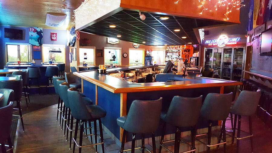 Dry Dock Restaurant and Bar | Duluth MN